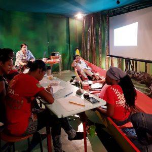 Villa Zapakara krijgt een training van Alembo over 'Zelf Management'