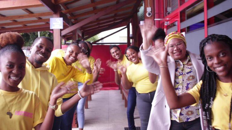 klantenservice team intertoys alembo paramaribo
